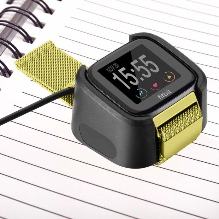 Fitbit Versa 2 充電器